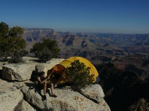 Namiot Marabut nad Wielkim Kanionem